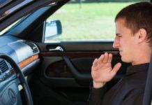Як позбутися неприємного запаху в автомобілі - today.ua