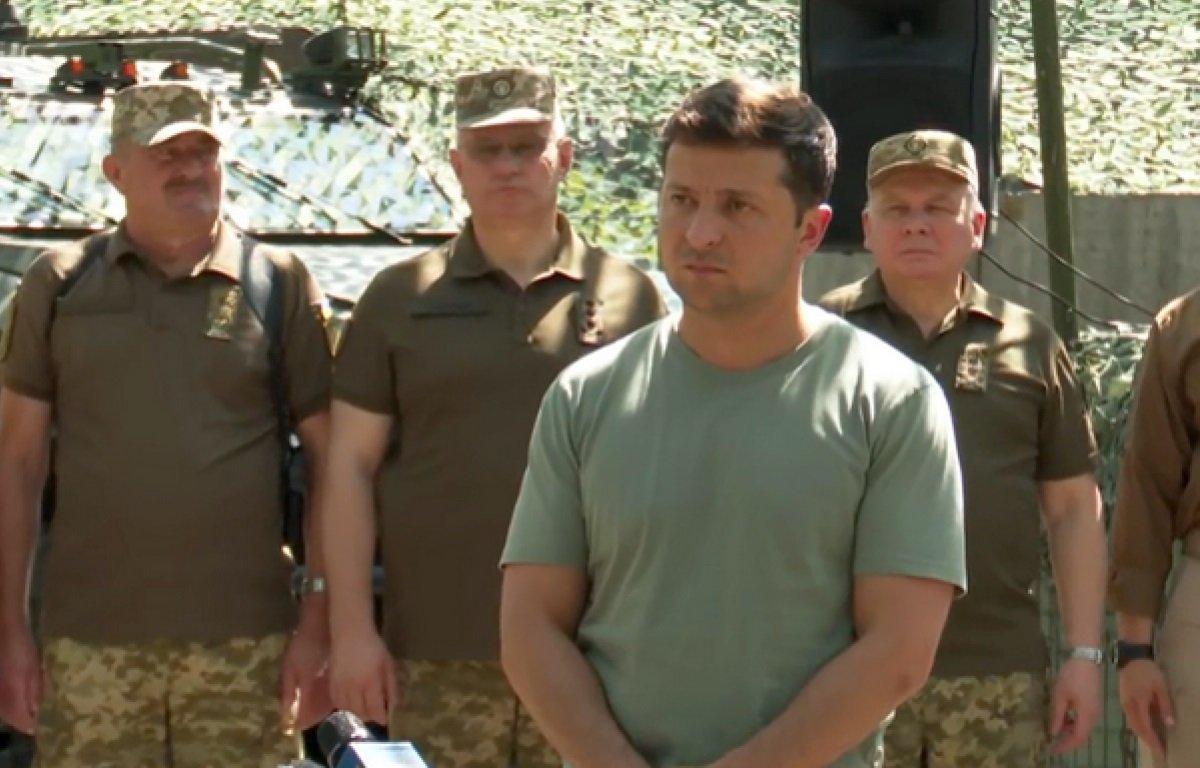 Зеленський провів ніч в ООС: що змусило президента два дні їсти і навіть випивати з військовими - today.ua