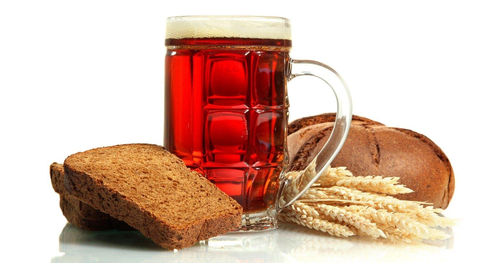 Хлебный квас – польза и вред: врачи рассказали, кому стоит отказаться от напитка - today.ua