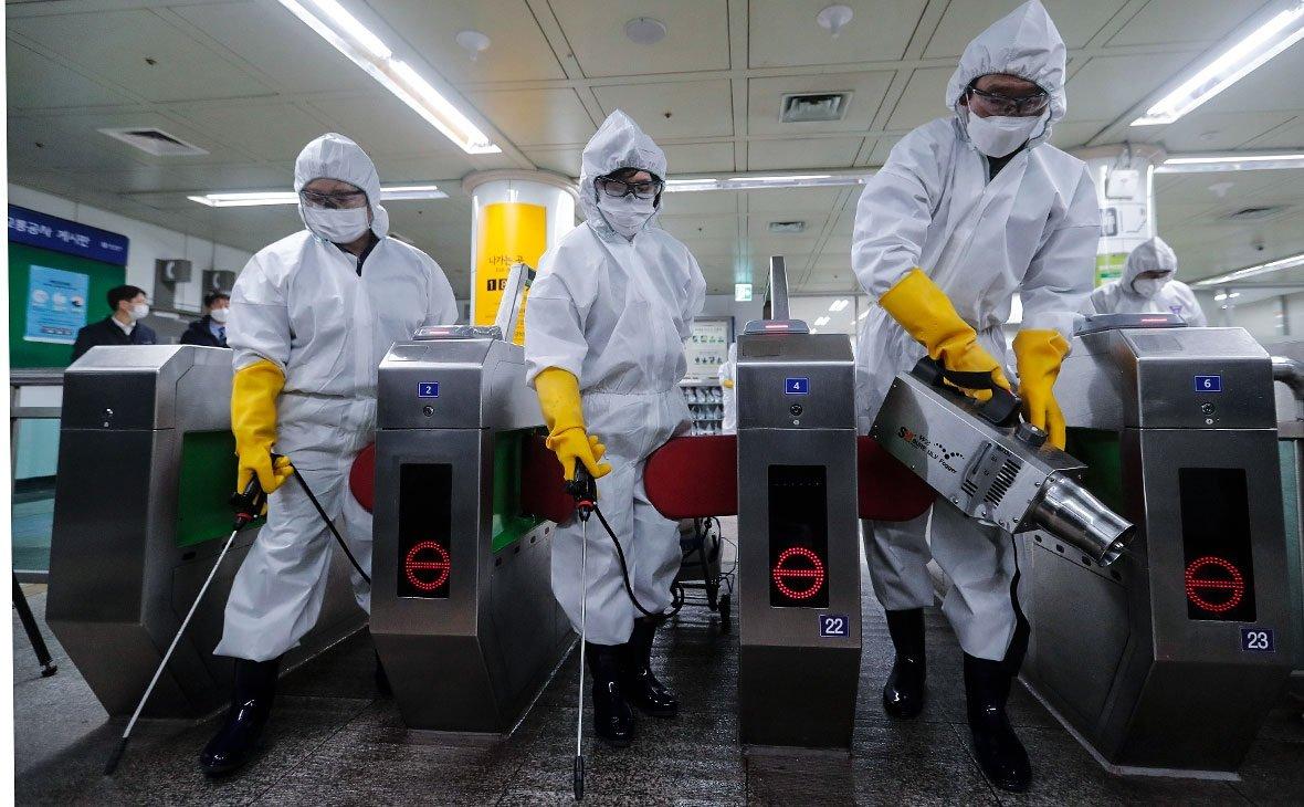 В ВОЗ призвали к ужесточению карантина: ослабление привело к второй и третьей волне эпидемии