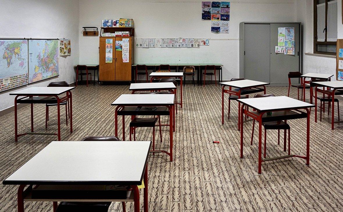 Школа с 1 сентября: в коридорах расчертят линии, которые детям запретят переступать
