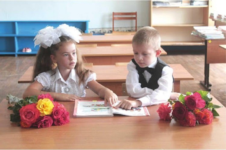 Первый звонок в классе и контрольные по всем предметам: в МОН определились с форматом 1 сентября
