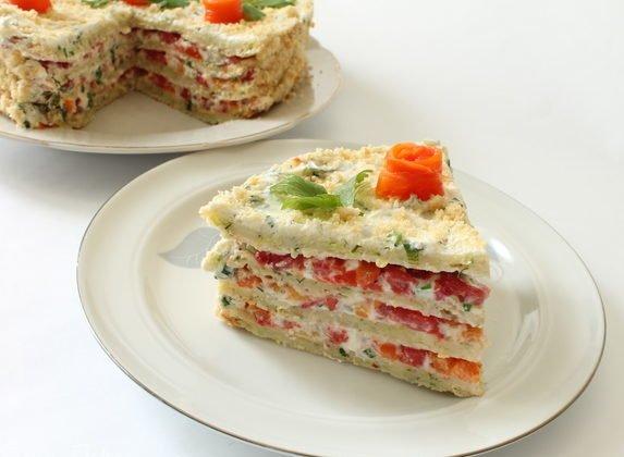 Кабачковий торт з помідорами: рецепт святкової літньої страви нашвидкуруч
