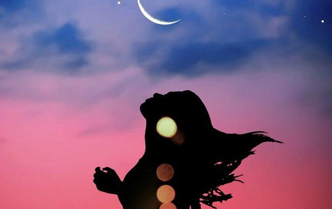 Новолуние 19 августа: у четырех знаков Зодиака наступит переломный момент в жизни