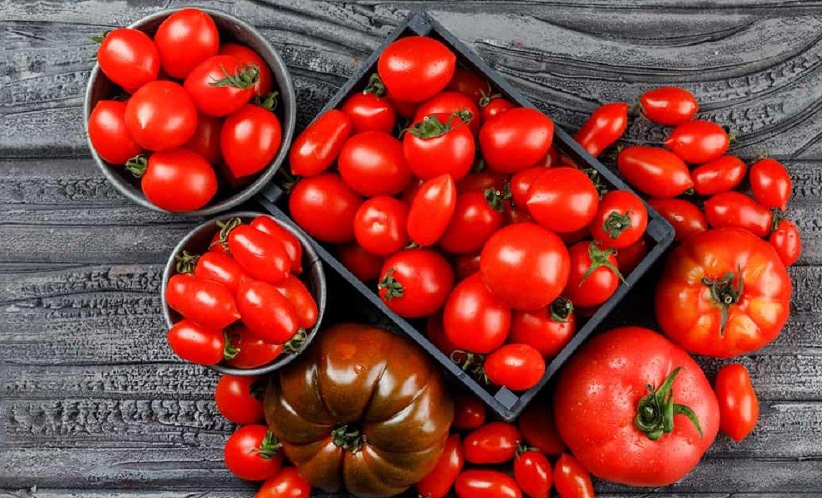 Помидоры на зиму без воды и уксуса: новый рецепт консервирования томатов - today.ua