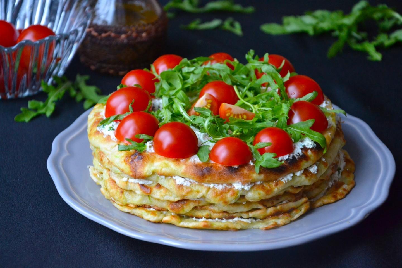 Кабачковый торт с помидорами: рецепт праздничного летнего блюда на скорую руку   - today.ua