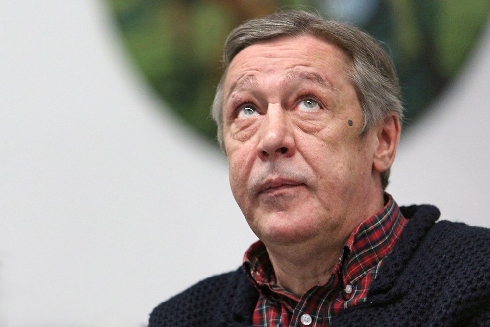 З'ясувалася правда про інсульт у Михайла Єфремова: актор вже вдома - today.ua