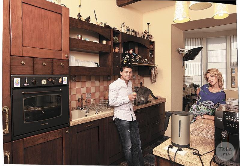"""У Зеленського пояснили, чому він продав свій дім і переїхав на держдачу: кінець """"швейцарської"""" мрії президента"""