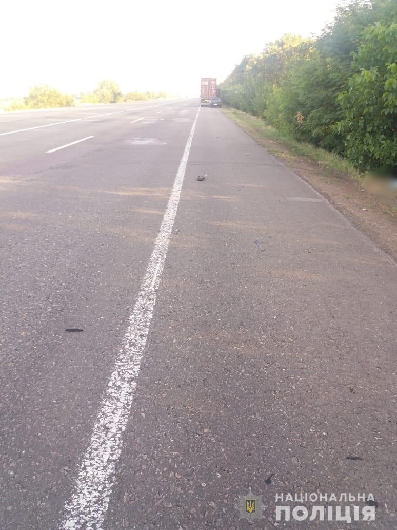 ДТП в Одеській області: водій збив чоловіка і залишив серед ночі помирати на узбіччі дороги