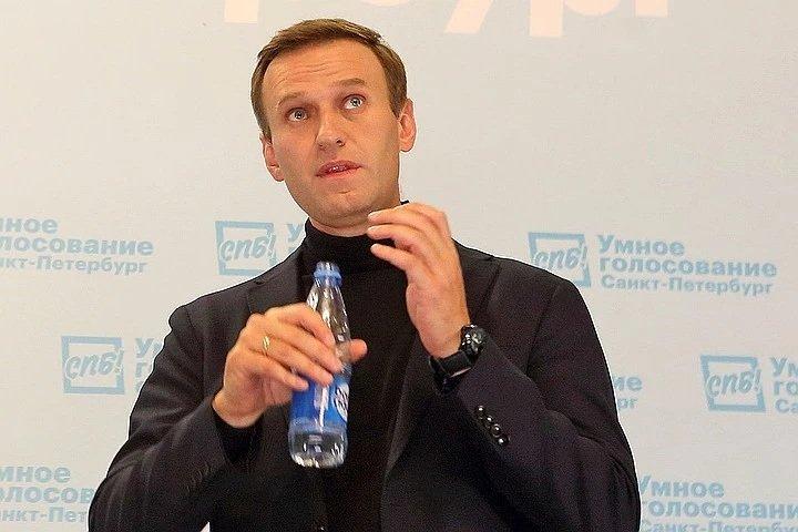 Не розрахували дозу: Олексій Навальний мав померти від отрути, але щось пішло не так