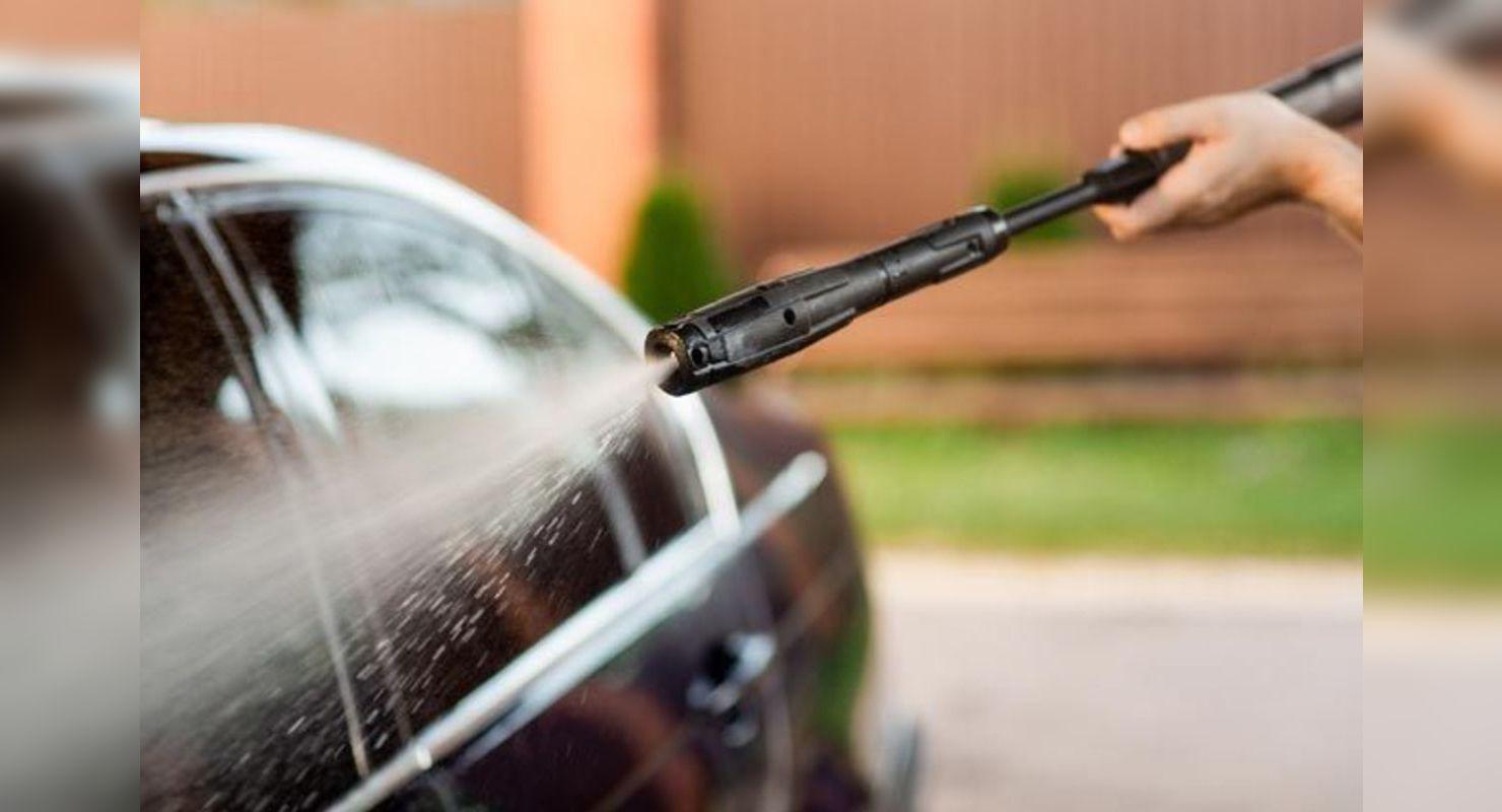 Ошибки при мойке авто, из-за которых ломаются парктроники