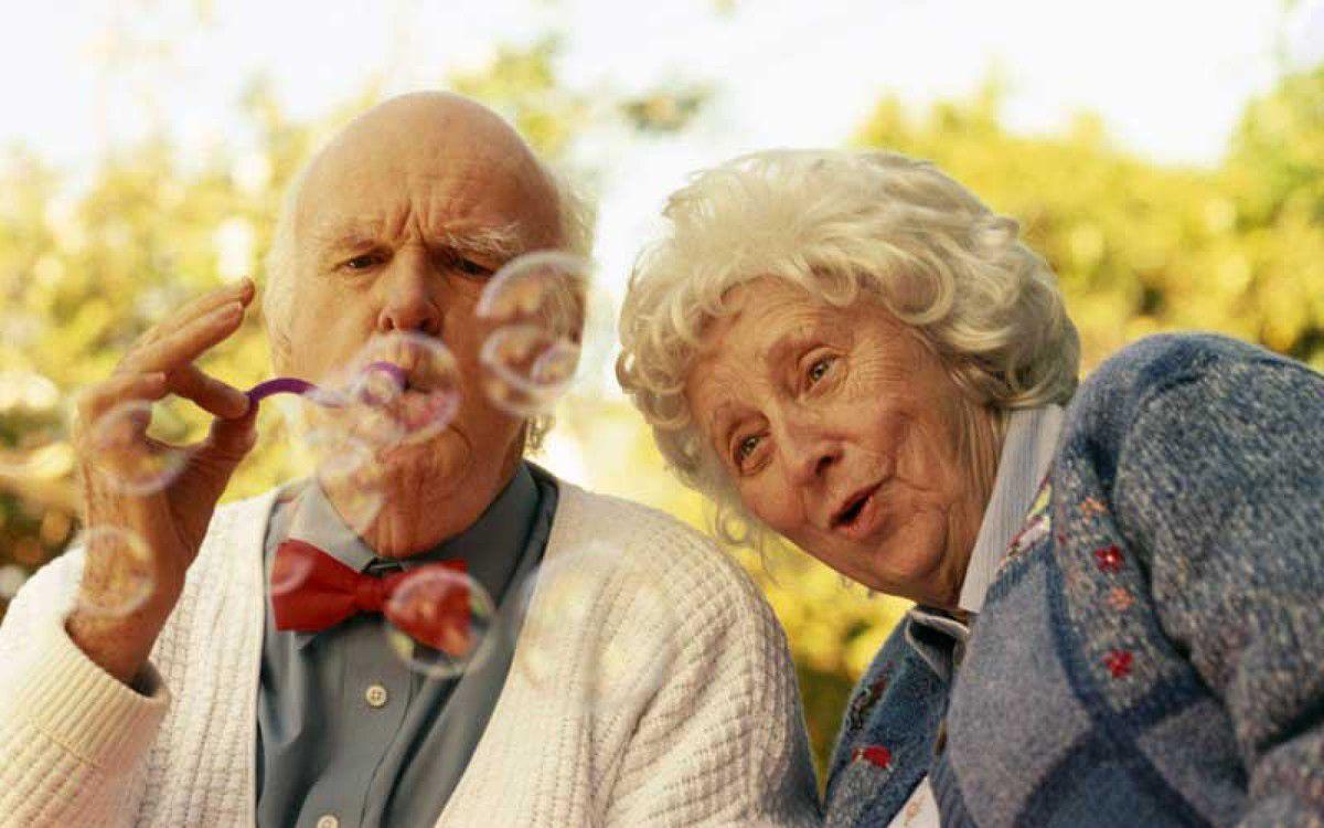 Правительство обещает поддержать пенсионеров старше 75: теперь для них главное - дожить - today.ua