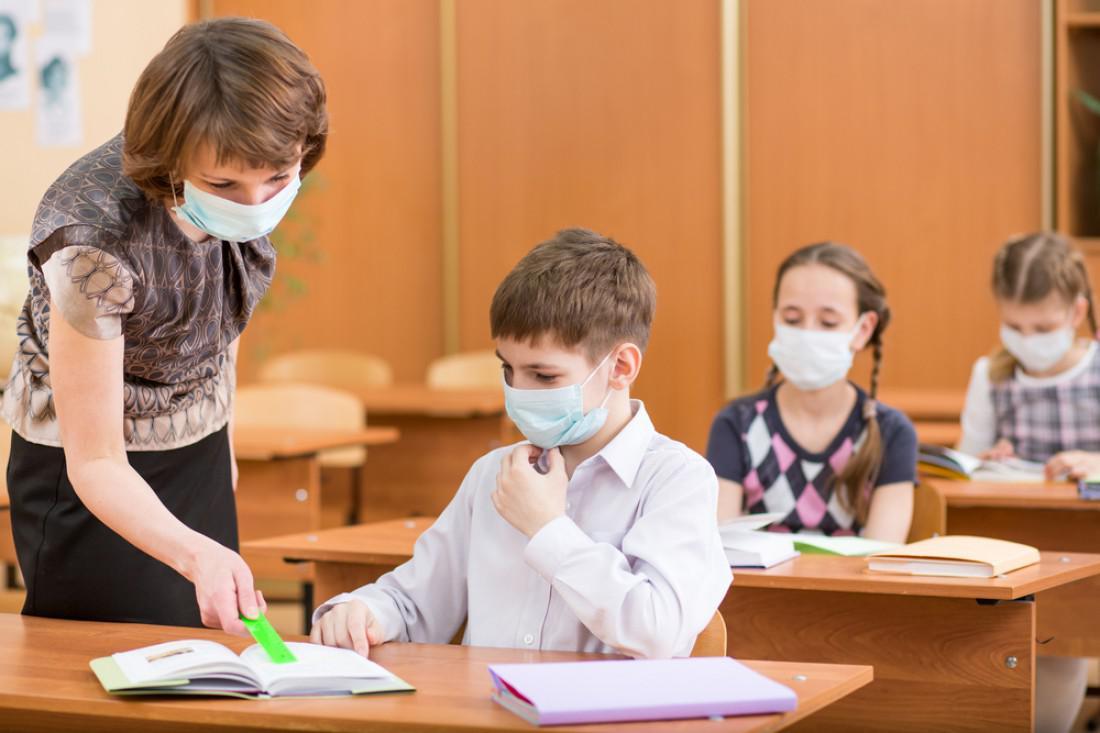 Минобразования обещает повысить зарплаты учителей: какой и когда ждать прибавки педагогам
