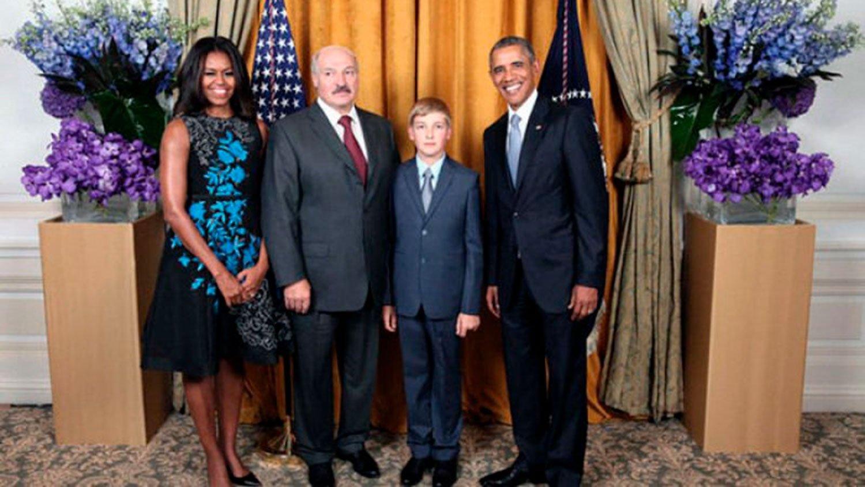 Топ-5 фактов из жизни Николая Лукашенко: белорусский секс-символ с царскими замашками