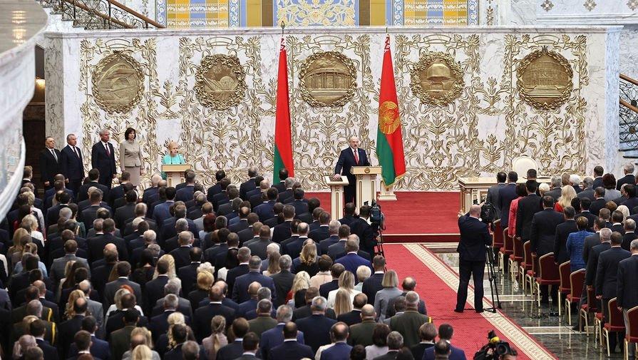 Лукашенко резко ответил на обвинения в тайной инаугурации: «Мы никого не должны предупреждать»