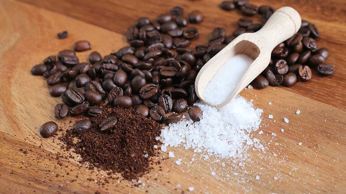 Как щепотка соли меняет вкус и свойства кофе: сварите ароматный напиток по новому рецепту