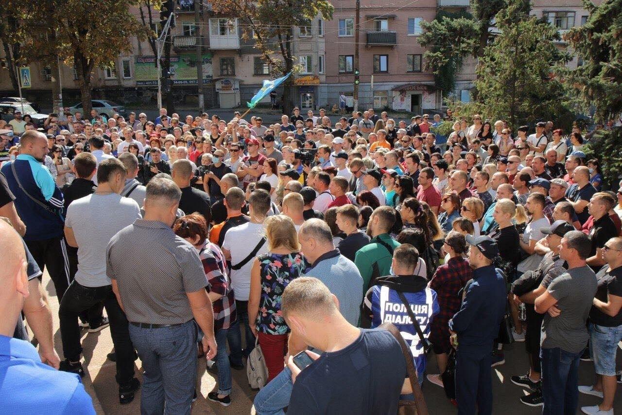 В Украине назревает волна протестов на предприятиях: где уже анонсировали забастовки