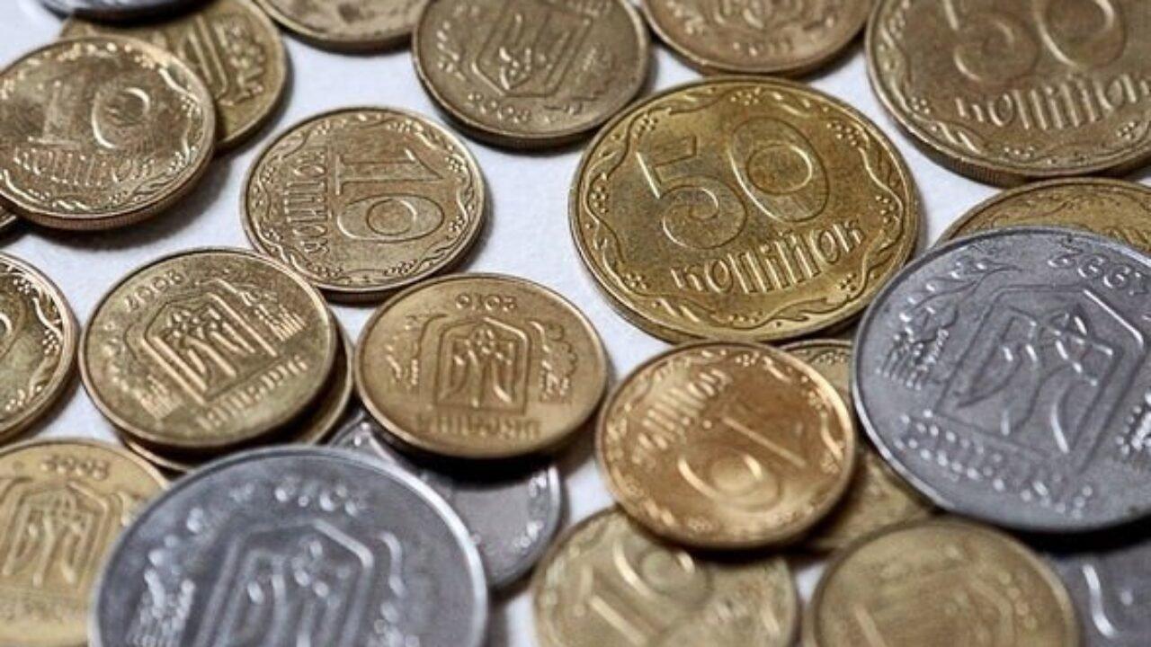 В Украине магазины не будут принимать старые купюры: что делать покупателям