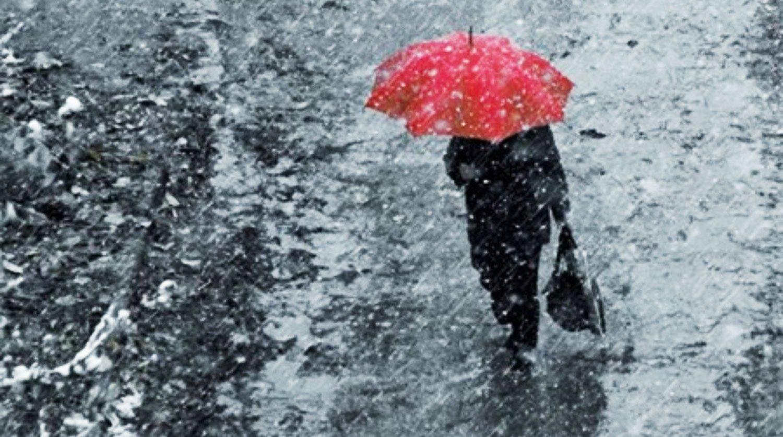 Зимой Украину зальют ледяные дожди: метеорологи рассказали, будет ли снег на Новый год 2021