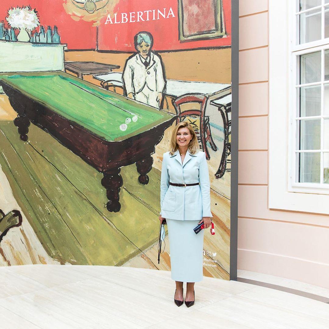Модні образи Зеленської: стиль першої леді витриманий, інтелігентний і вільний