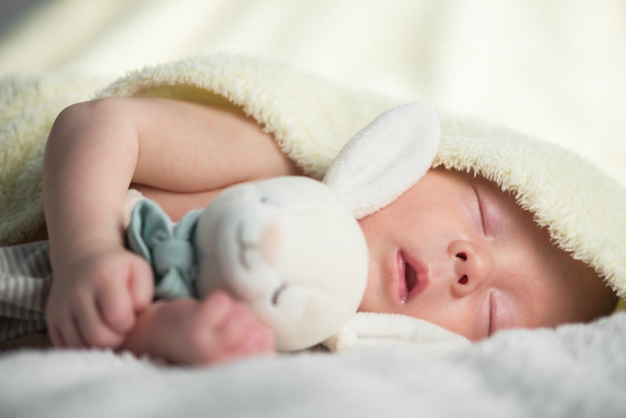 Бумажные свидетельства о рождении в Украине заменят электронными: как работает сервис еМалыш - today.ua