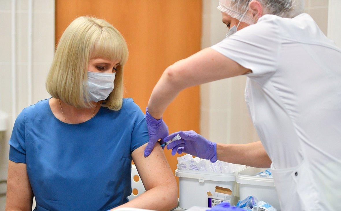 В Украине вакцинация станет обязательной: несогласным запретят работать и учиться
