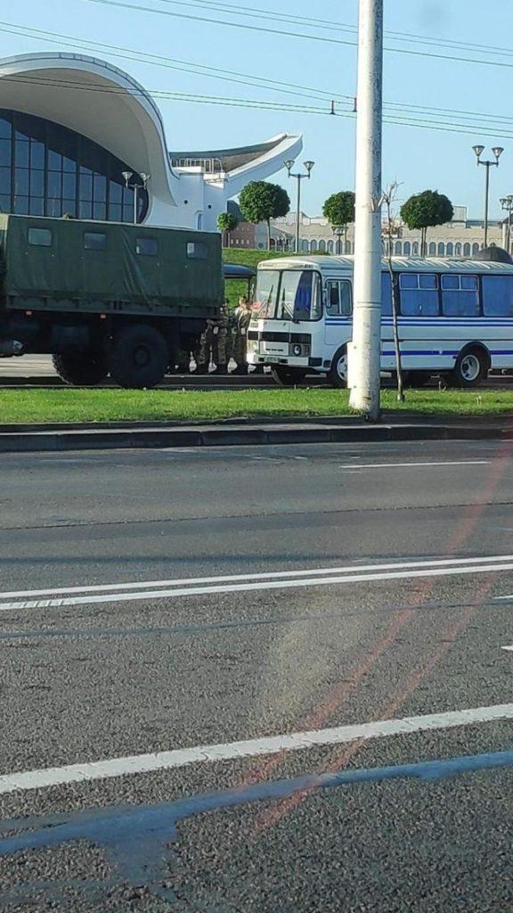 Лукашенко збираються провести таємну інавгурацію: в центр Мінська стягують силовиків