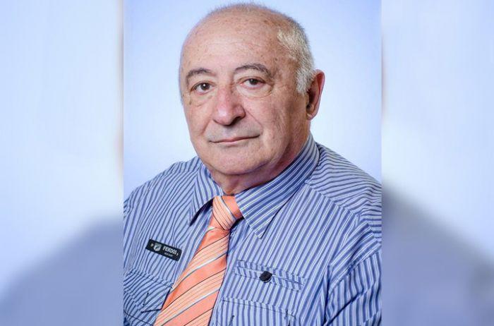 Зеленский предложил присвоить пожизненную стипендию своему отцу: стало известно, за какие заслуги - today.ua