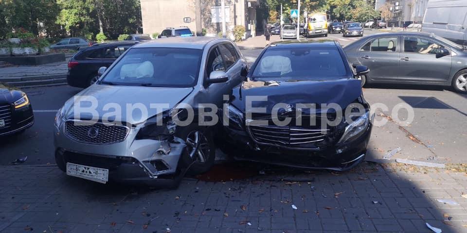Сын Шуфрича попал в новое ДТП: что известно об аварии в центре столицы
