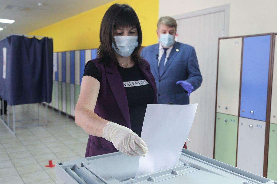 Как больные коронавирусом будут голосовать на выборах: названы условия   - today.ua
