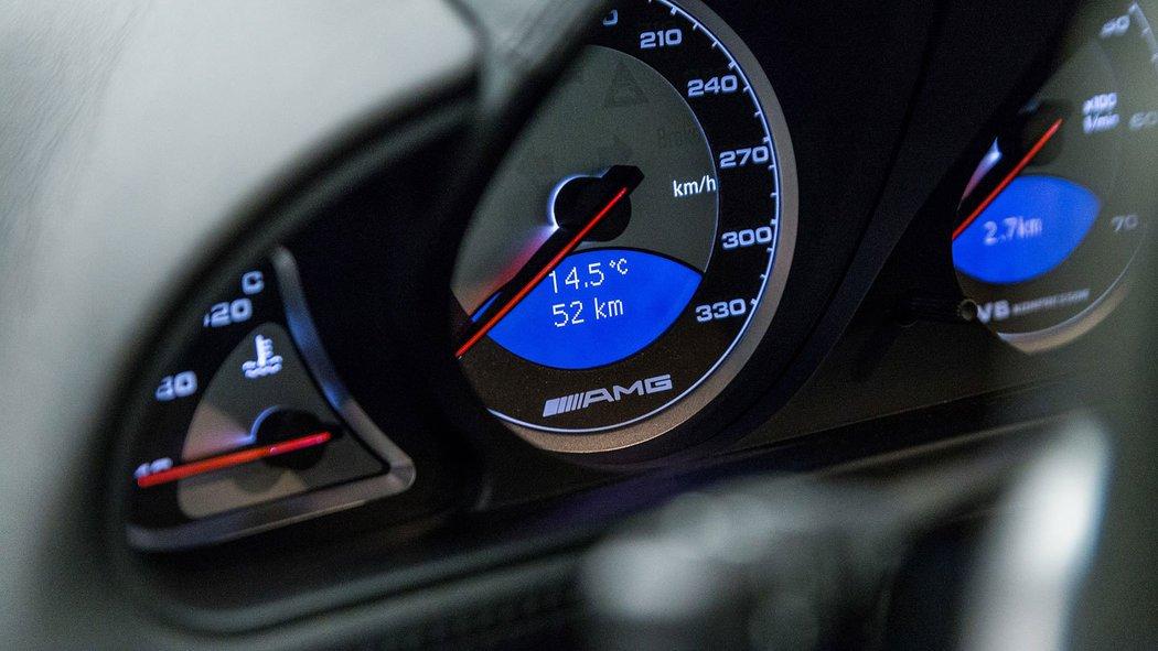 У Німеччині продають Mercedes SL 55 AMG 2006 з пробігом 54 км