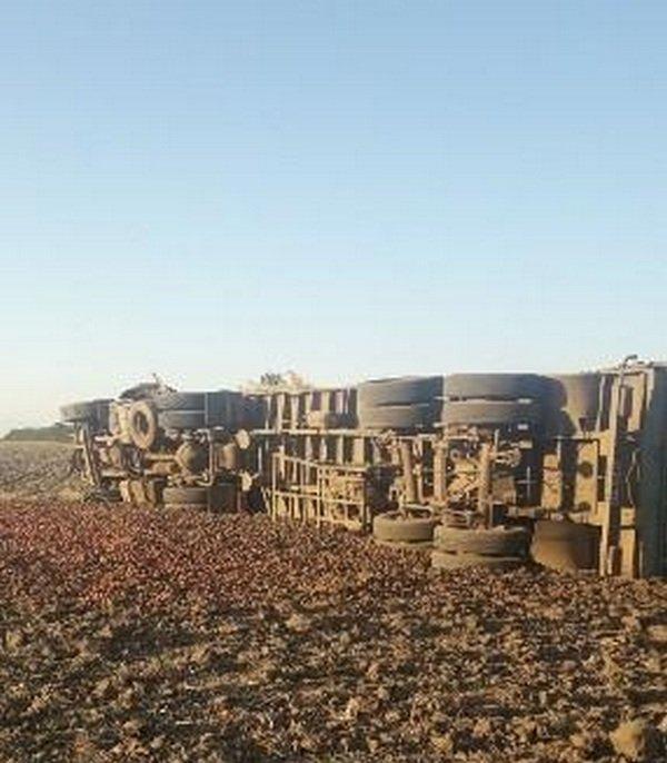 ДТП з фурою в Херсонській області: колесо, що лопнуло не залишило водієві шансів на життя