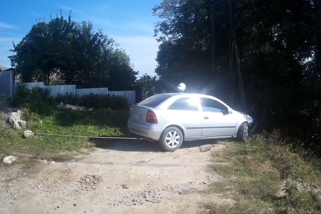 Летальна ДТП на Хмельниччині: жінку убив власний автомобіль, моторошні подробиці - фото, відео
