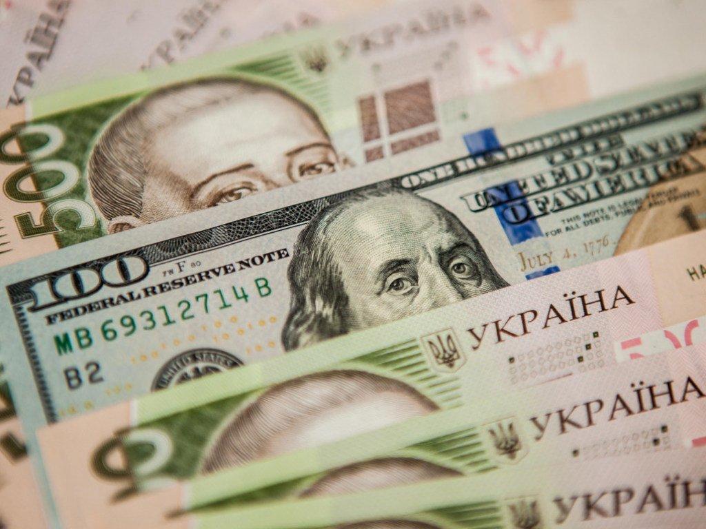 Яким буде курс долара у наступному році: прогноз експерта