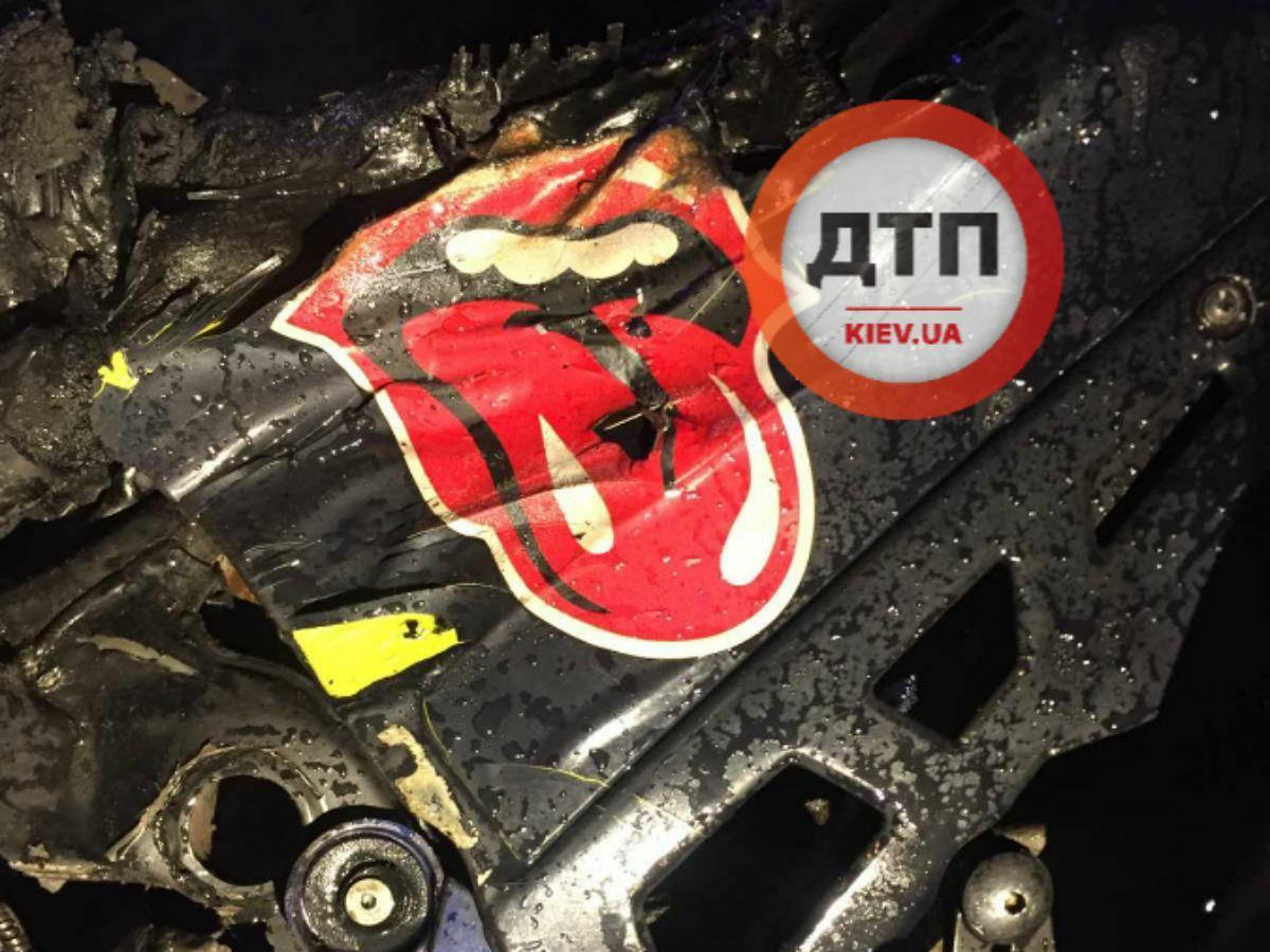 Ночная ДТП с мотоциклом под Киевом:  байкер и его пассажирка погибли мгновенно – груда металла и фрагменты тел