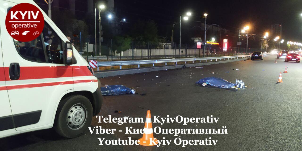 ДТП с мотоциклом и пешеходом в Киеве: три смерти на столичной трассе
