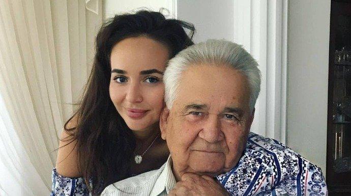 """Внучка Фокина рассказала, что дедушка попал в ТКГ благодаря ее дружбе с Ермаком: """"Андрюше нужна была помощь"""""""