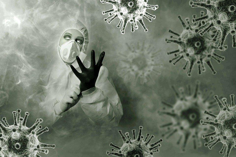 В октябре Украину захлестнет цунами коронавируса: врачам придется выбирать, кого лечить