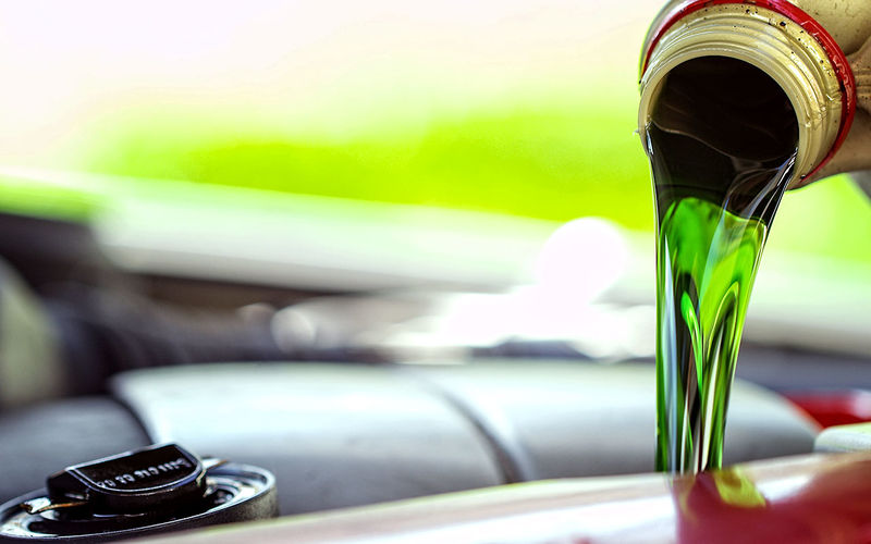 ТОП-3 міфи про моторне масло