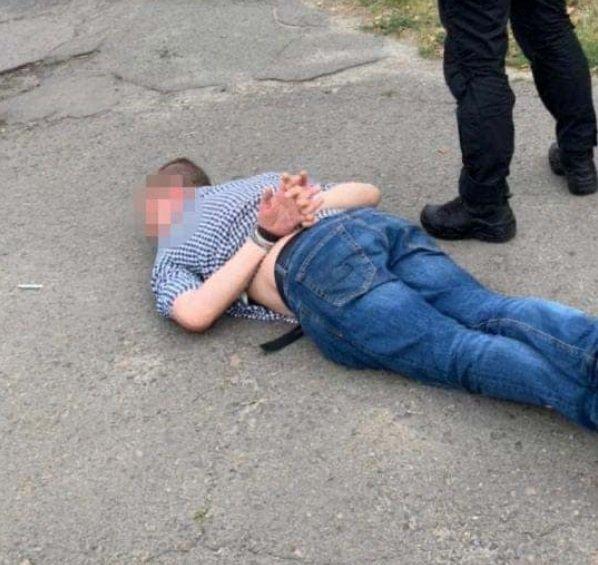 У наркодилера в Києві вилучили річ, що належить президенту: поліція з'ясовує зв'язок одного з іншим