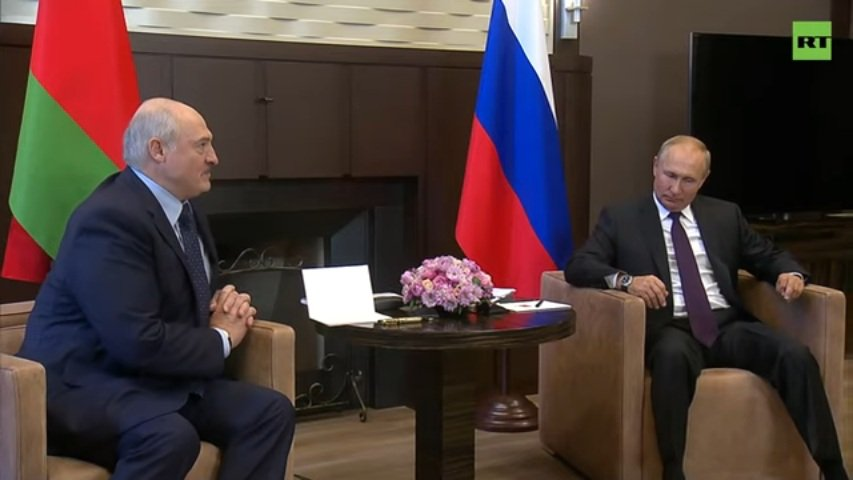 Осень настала - Лукашенко на юг улетел: о чем президент Беларуси будет говорить в Сочи с Путиным - today.ua
