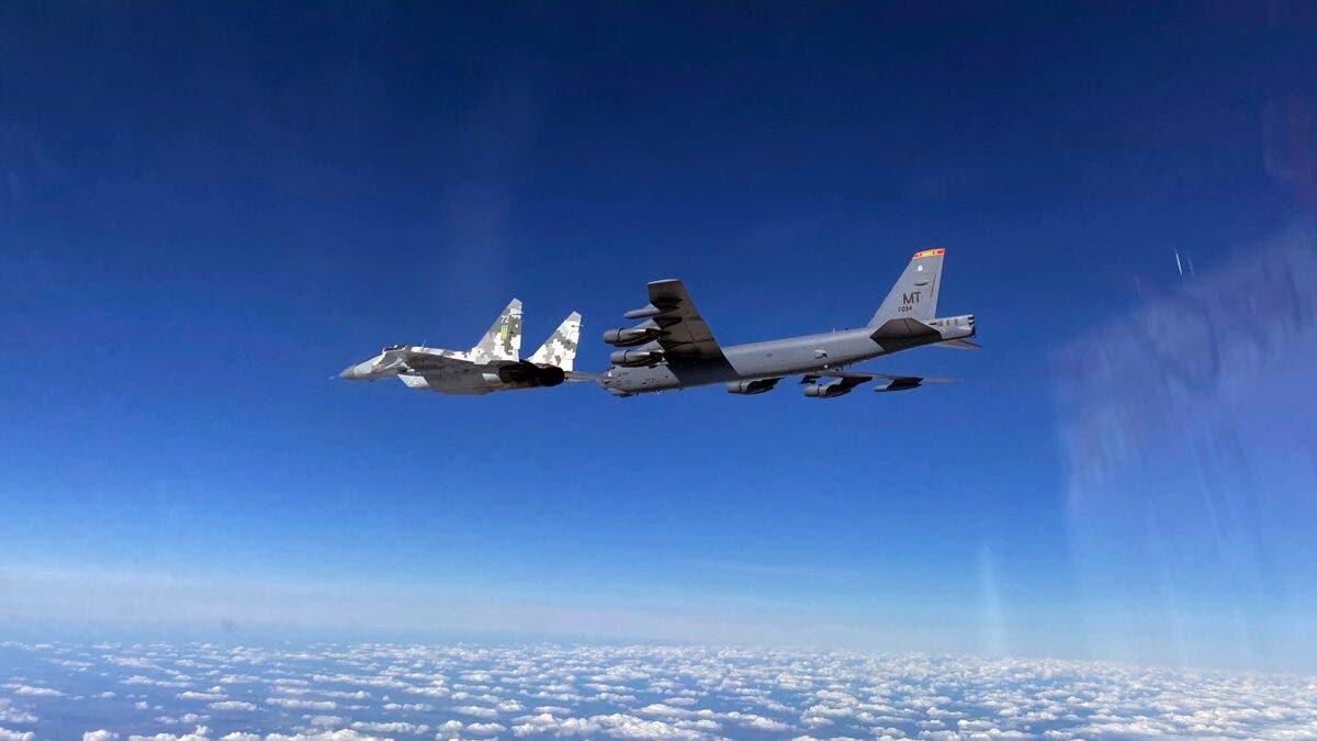 Ядерні бомбардувальники США в небі над Україною: реакція російських військових - today.ua