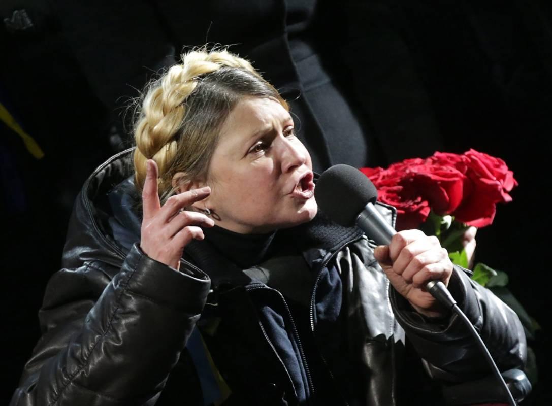 """Тимошенко нібито вивела величезні гроші з України: в Мережі з'явився оглушливий компромат на леді """"Ю"""""""