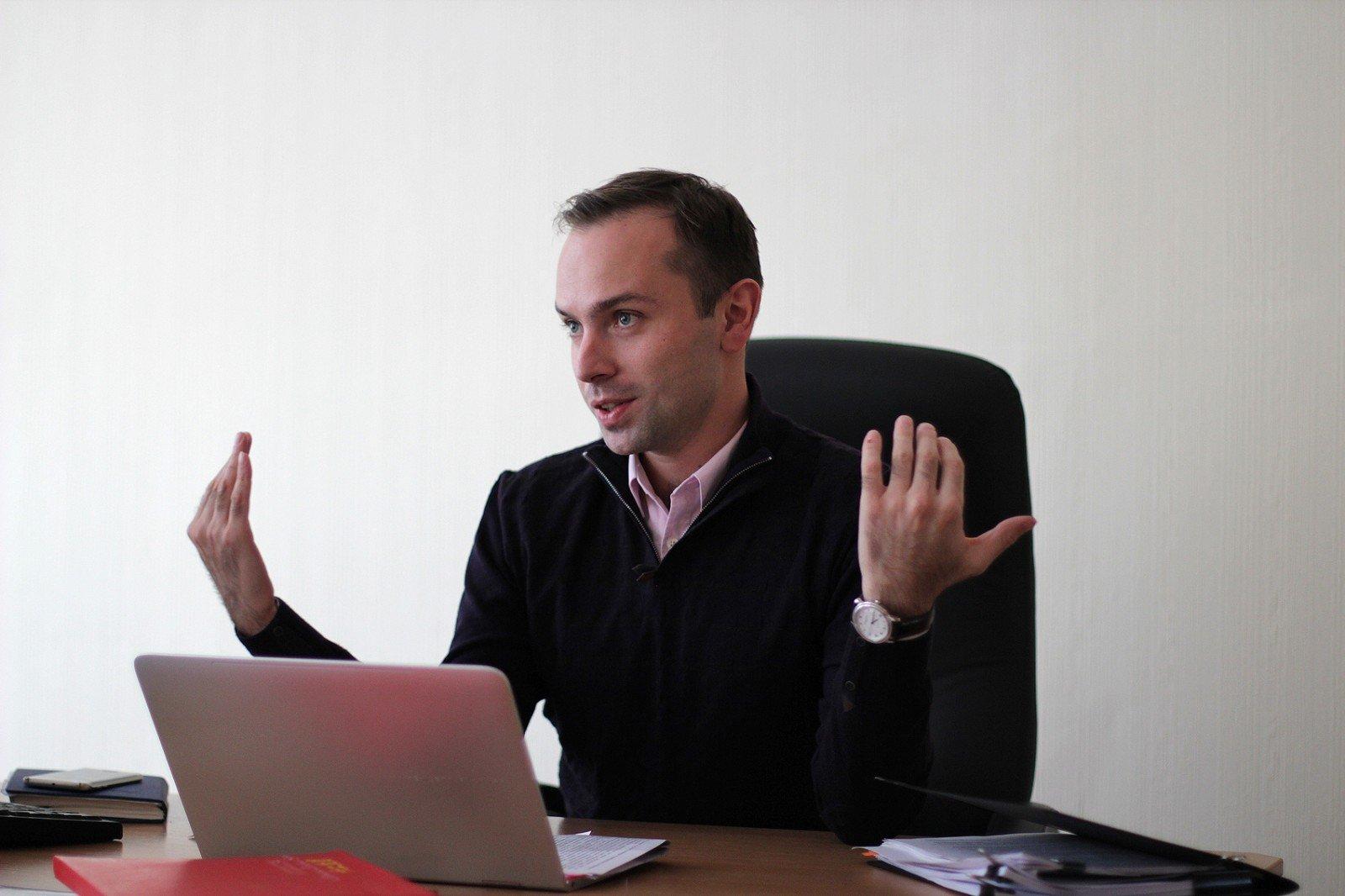 """Рокер уже был - теперь почтальон: топ-менеджером """"Укрзализныци"""" будет зам гендиректора """"Укрпочты"""" - today.ua"""