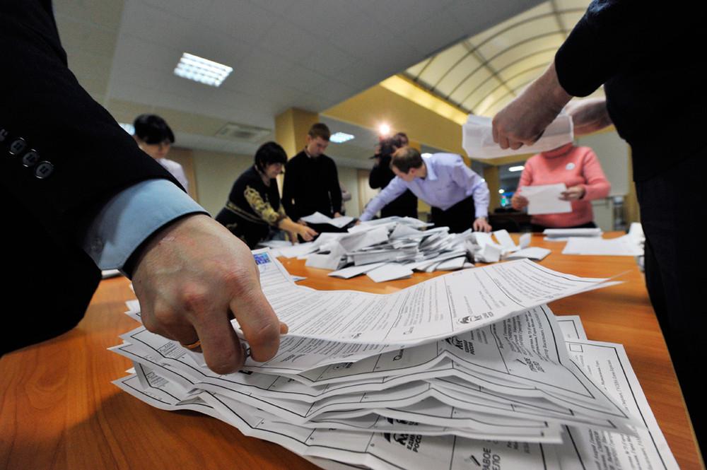 У Порошенка впевнені, що команда Зеленського готує на виборах масові фальсифікації