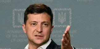 """Зеленский ответил Порошенко на недовольство по поводу отмены безвиза в Украине: """"Считает себя монархом..."""""""" - today.ua"""