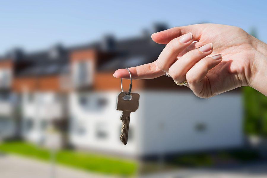 Покупка квартиры в Украине теперь станет дешевле: Кабмин отменил пенсионный сбор при первой покупке жилья