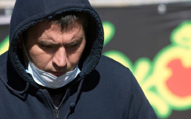 За маски на підборіддях будуть жорстко карати всіх: в Кабміні озвучили суму штрафу