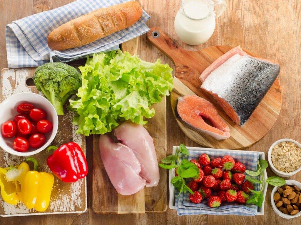 Названі продукти харчування, які захистять від коронавіруса: поради лікарів-дієтологів