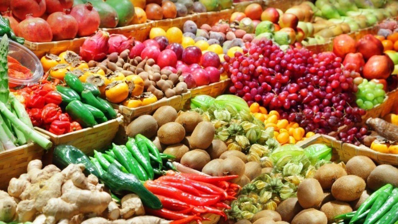 В Україні скоро подорожчають деякі овочі і фрукти: на оптовому ринку ціни поповзли вгору